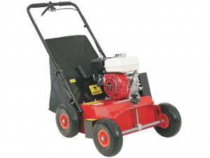gardening equipment lawn scarifier